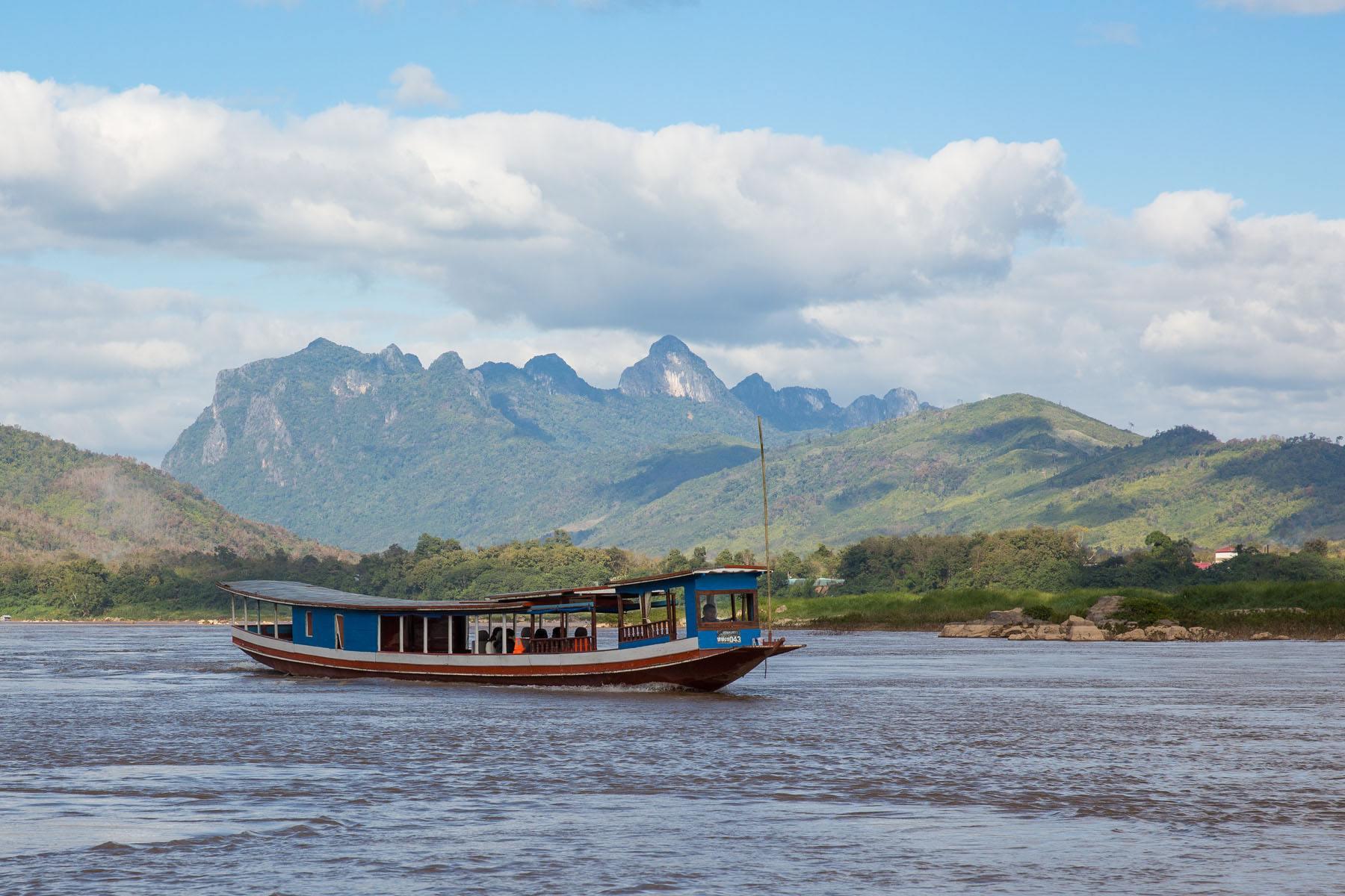 Slow Boat from Huay Xai to Luang Prabang - Arimo Travels