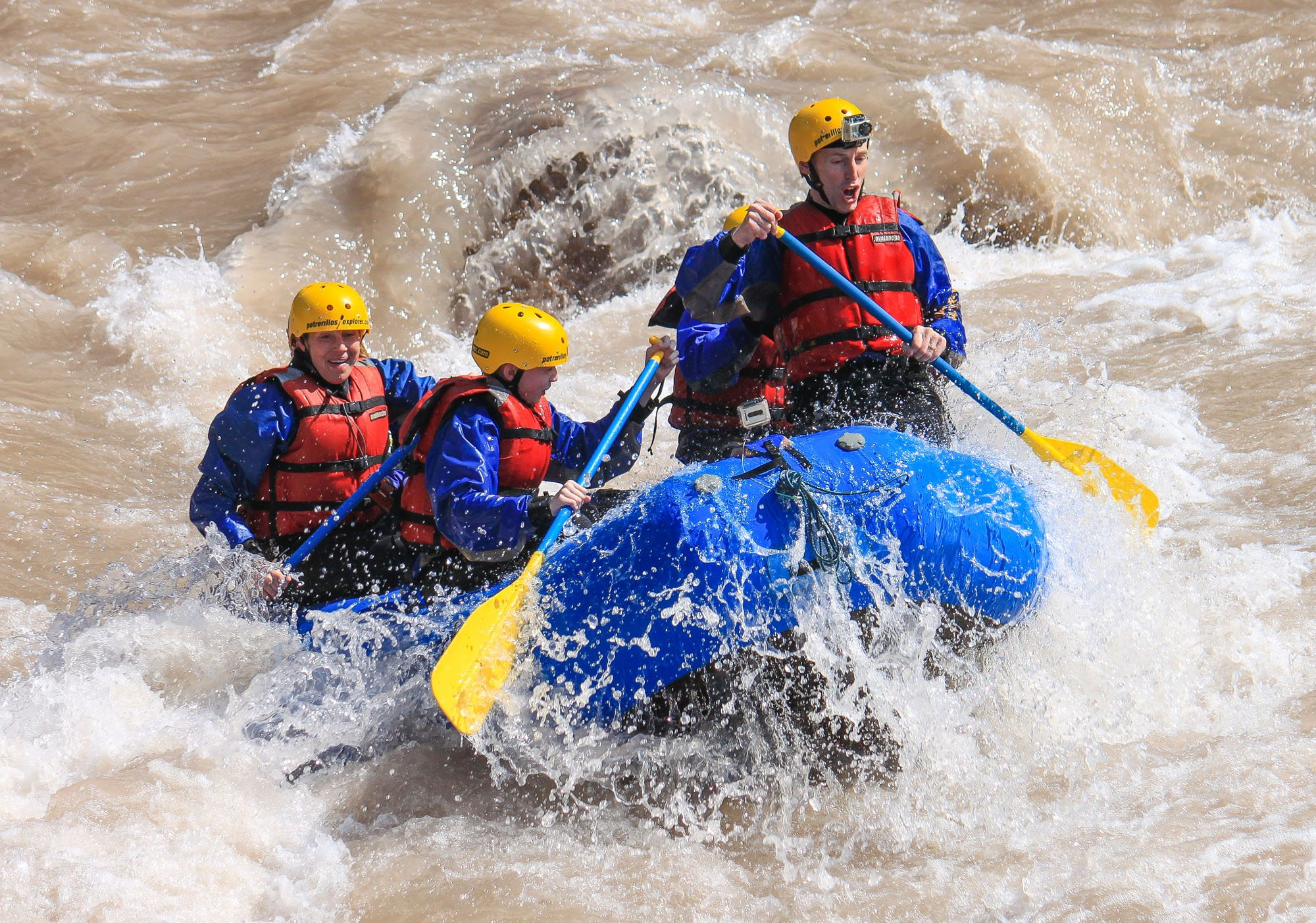 Earth Trekkers Rafting in Argentina