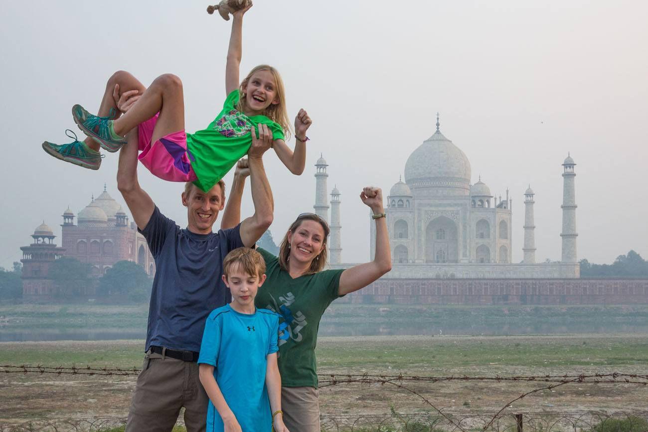 Earth Trekkers Taj Mahal