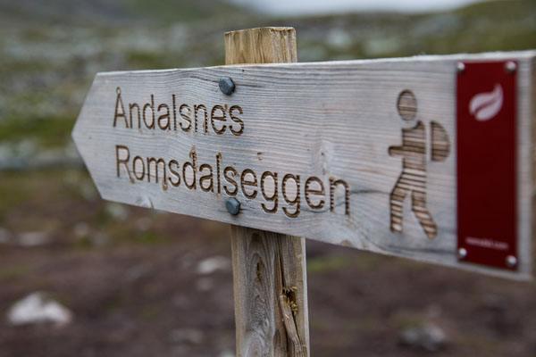 Romsdalseggen Sign