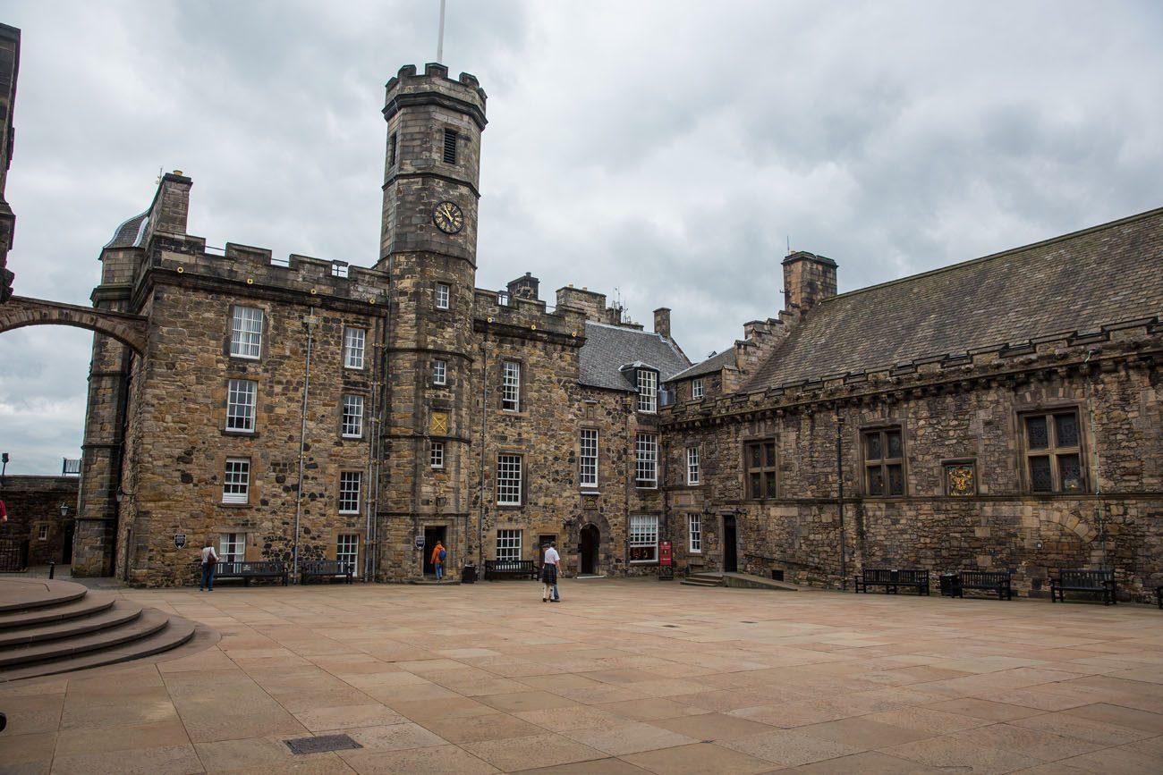 Edinburgh Castle Royal Square