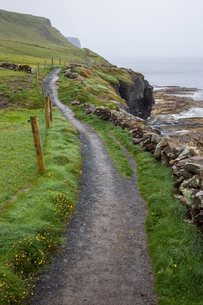 Walking Doolin to Cliffs of Moher