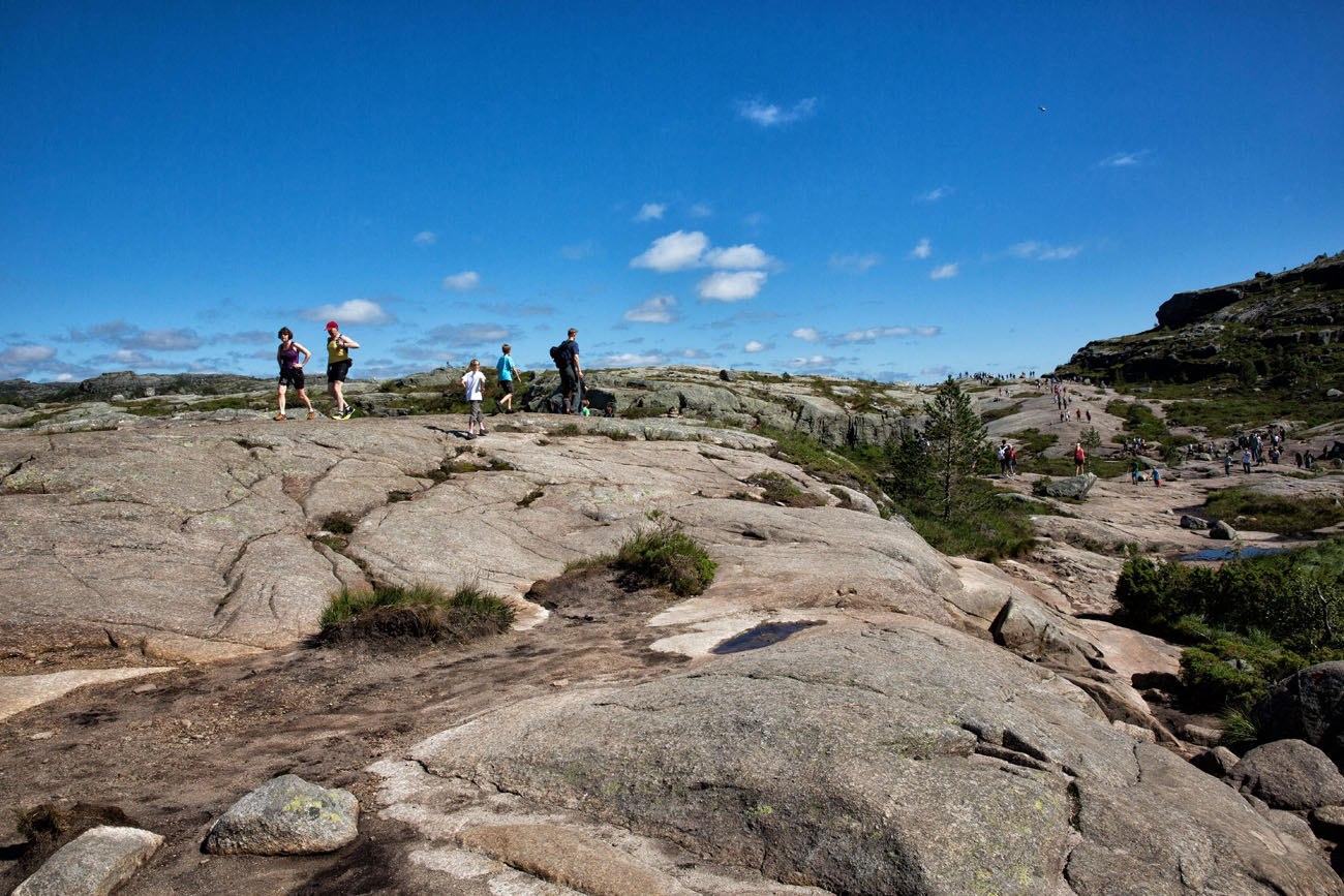 Hiking Pulpit Rock
