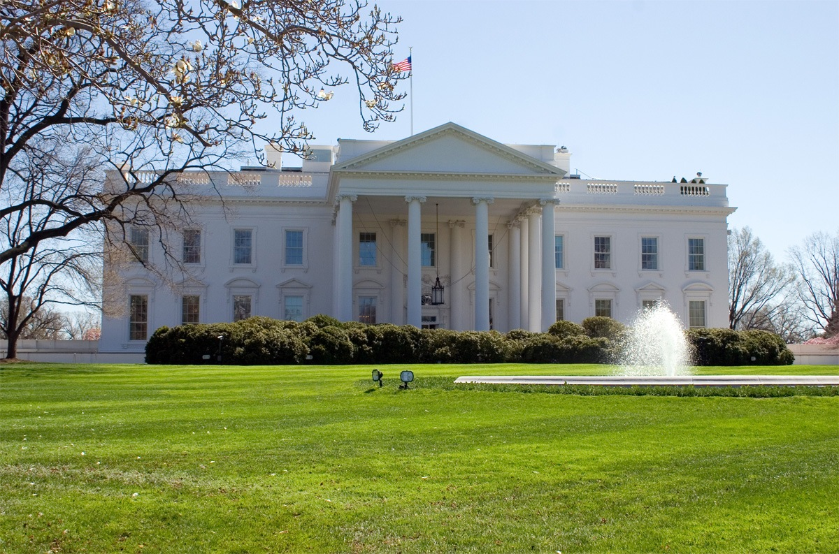 One day walking tour of washington dc earth trekkers white house fandeluxe Document