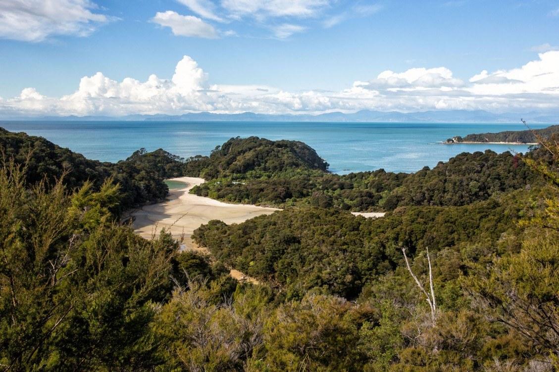 Hiking Abel Tasman