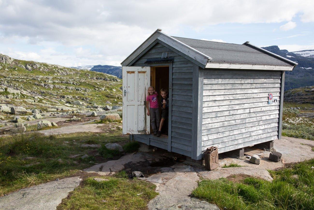 Trolltunga Cabin