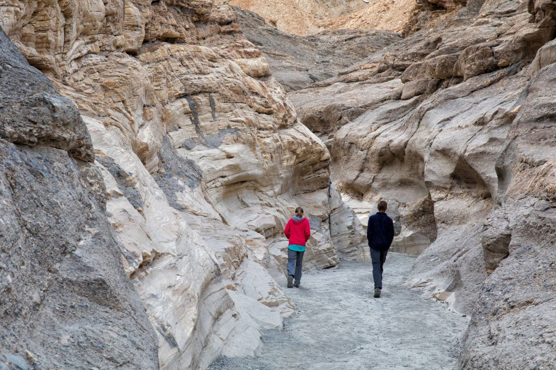 Mosaic Canyon Hike
