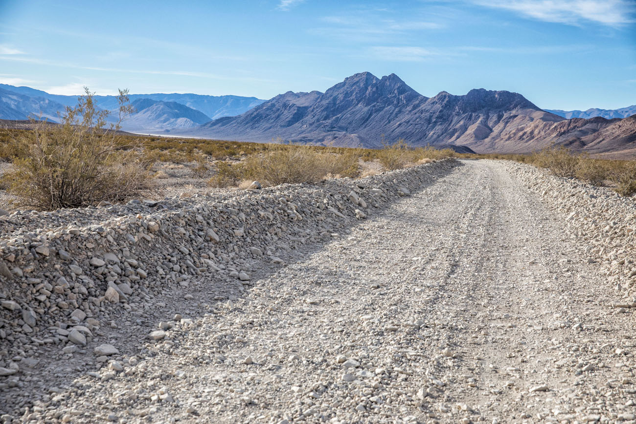 Road to Racetrack Playa