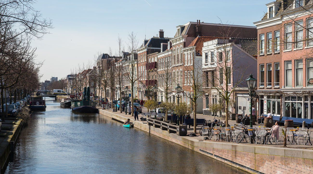 The Hague Canal