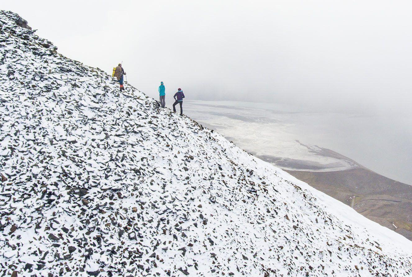 Hiking Hiorthfjellet Drone