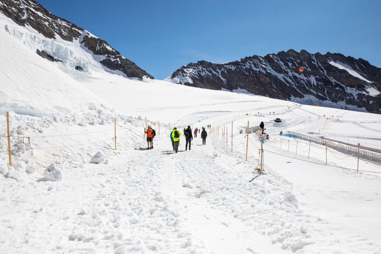 Trail to Monchsjochhutte