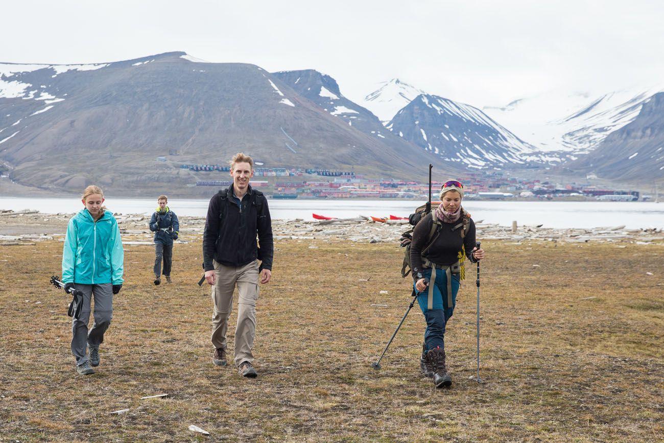 Hiking Hiorthfjellet Svalbard