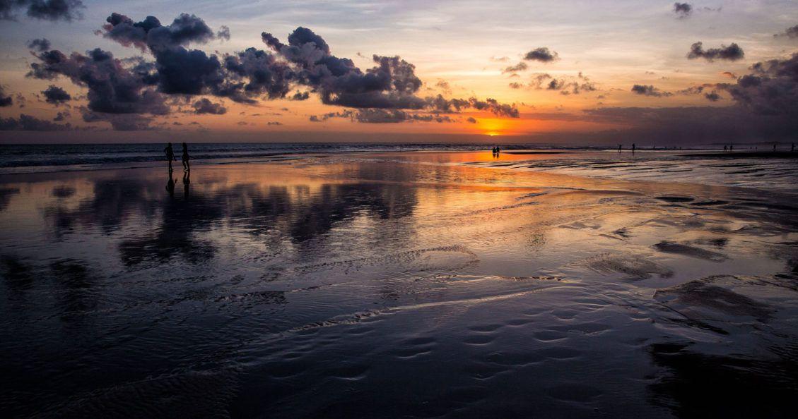 Surfing Bali Photo
