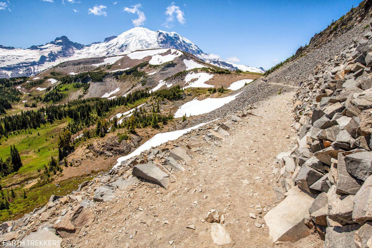 Hikes in Mount Rainier Washington national parks